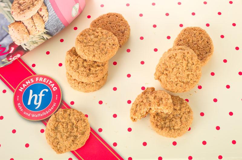 Knusprige Hafer- Cookies mit Apfel. Edyta Guhl.