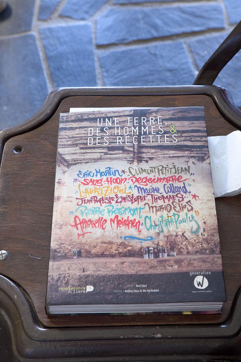 Ein Kochbuch mit dem Foto von Anthony Florio. Edyta Guhl.