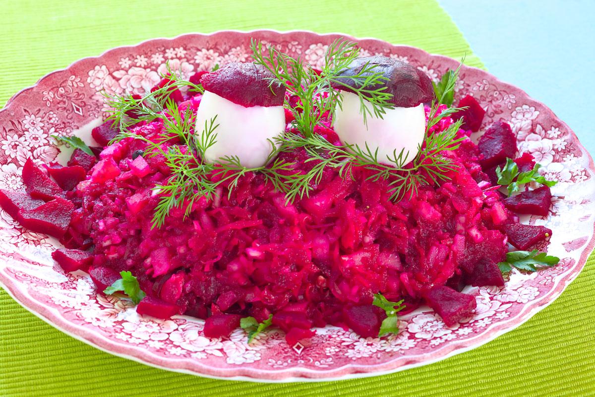Anti-Grippe-Salat mit Roter Bete. Vegetarische Rezepte. Edyta Guhl.