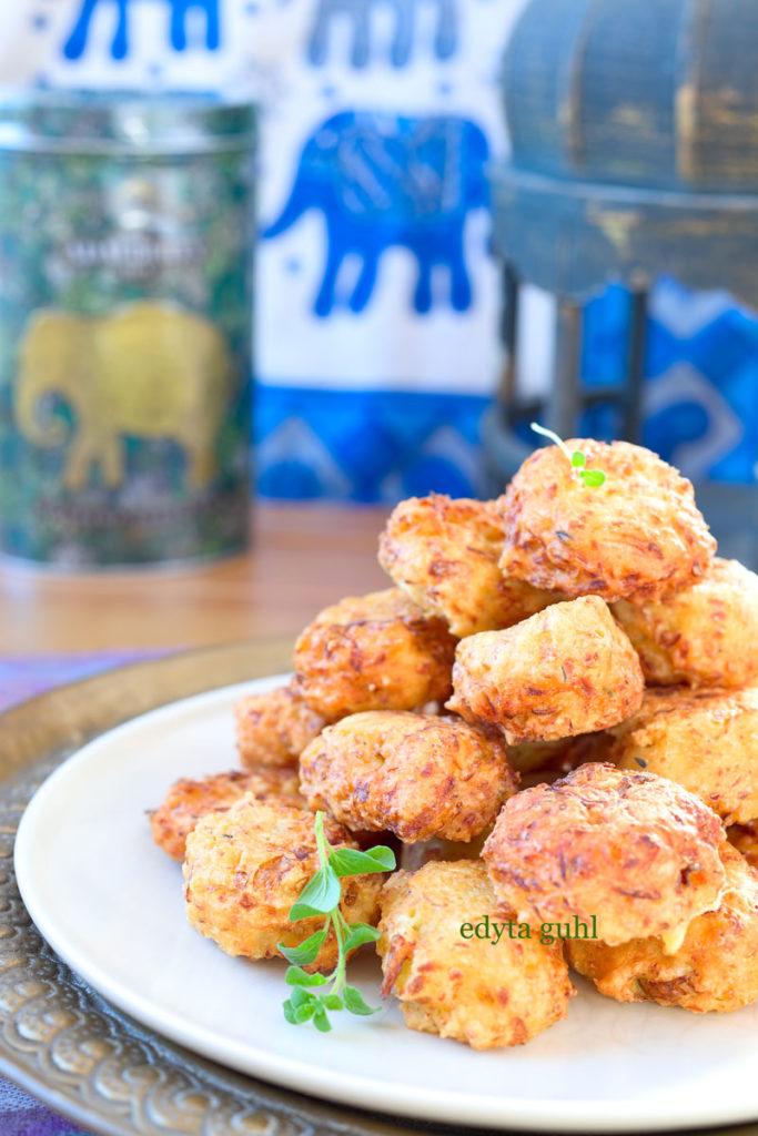 Frittierte Koftas aus Weißkohl. Rezepte für Kofta. Edyta Guhl.