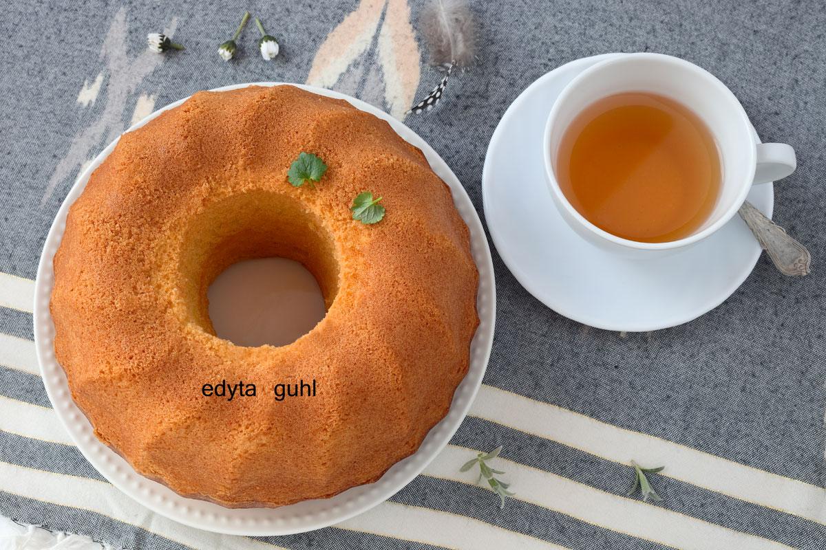 Der schnellste Napfkuchen mit Öl. Edyta Guhl.