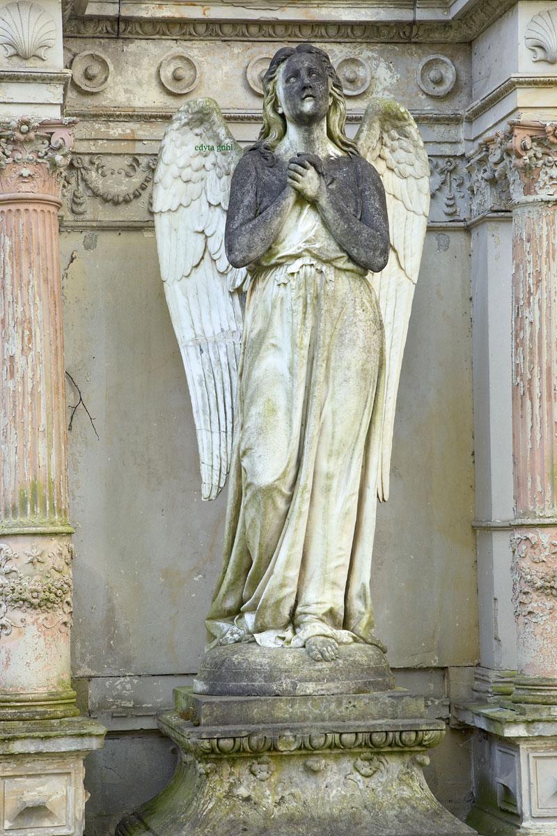 Imposante Grabstätten auf Melaten. Köln, Melaten. Edyta Guhl.