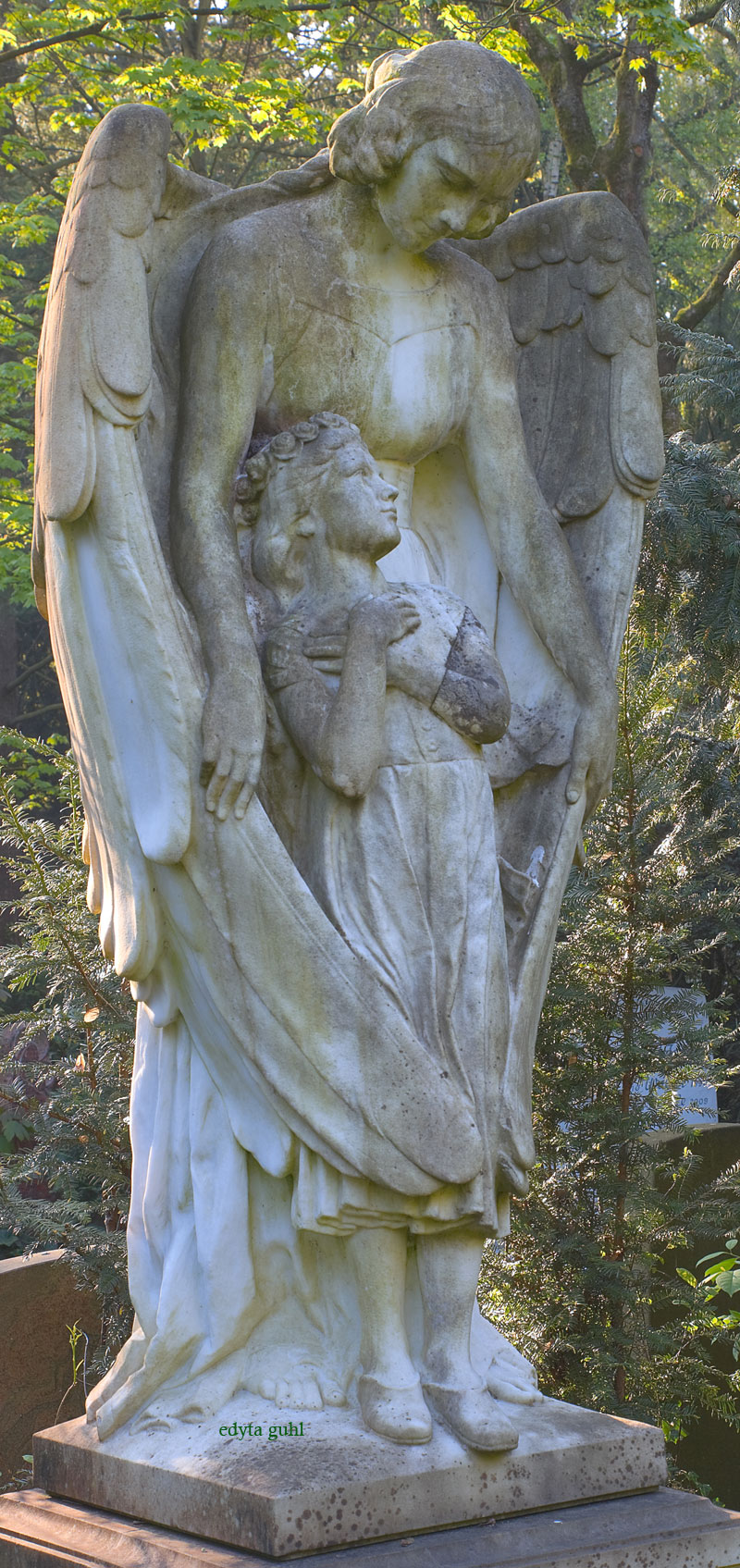 Schutz- Engel auf Melaten. Edyta Guhl.