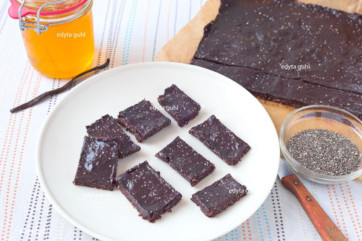 Vegane Rezepte. Schokoladige Chia- Riegel. Edyta Guhl
