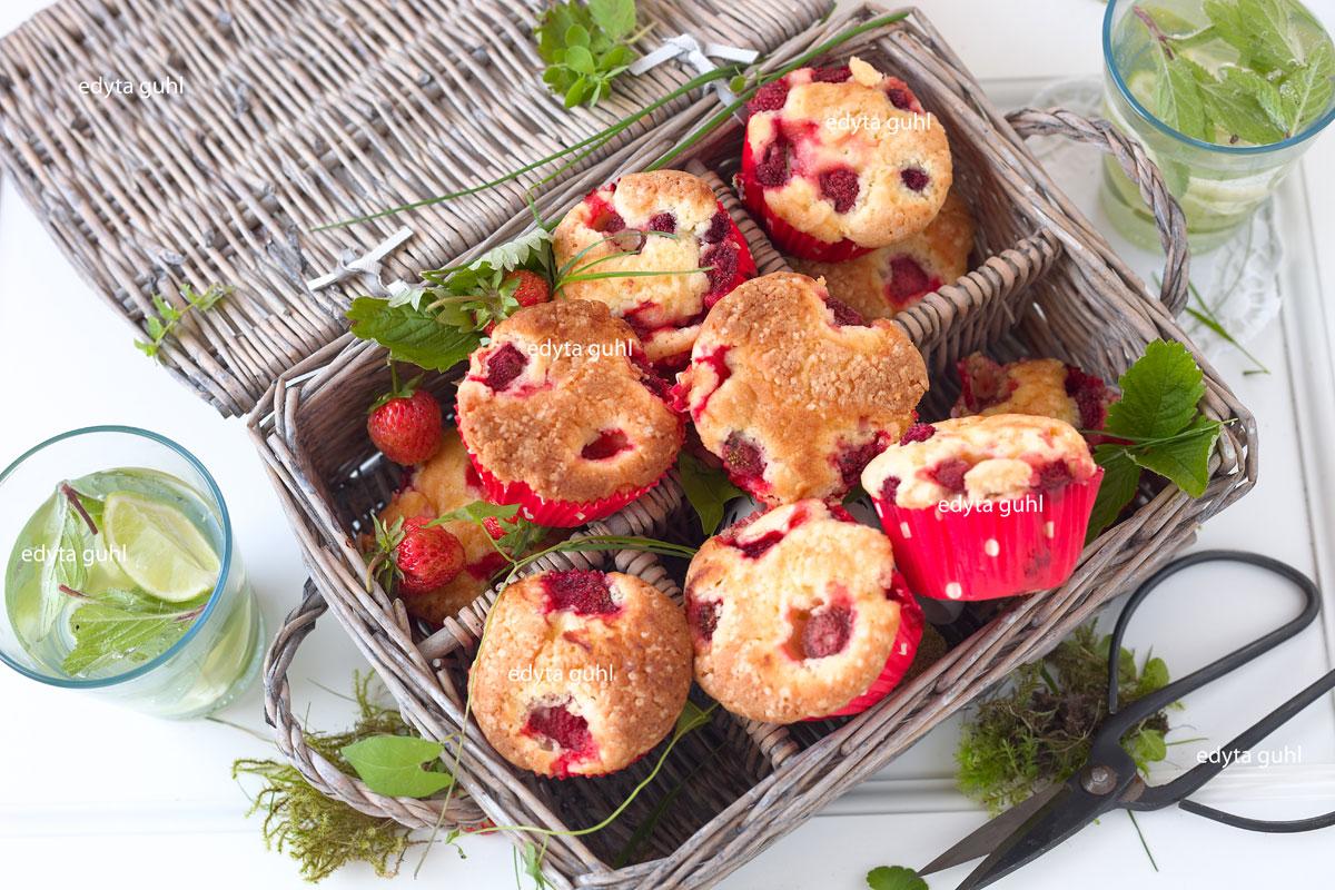 Erdbeer- Muffins für Picknick. Edyta Guhl. Rezept für Muffins.