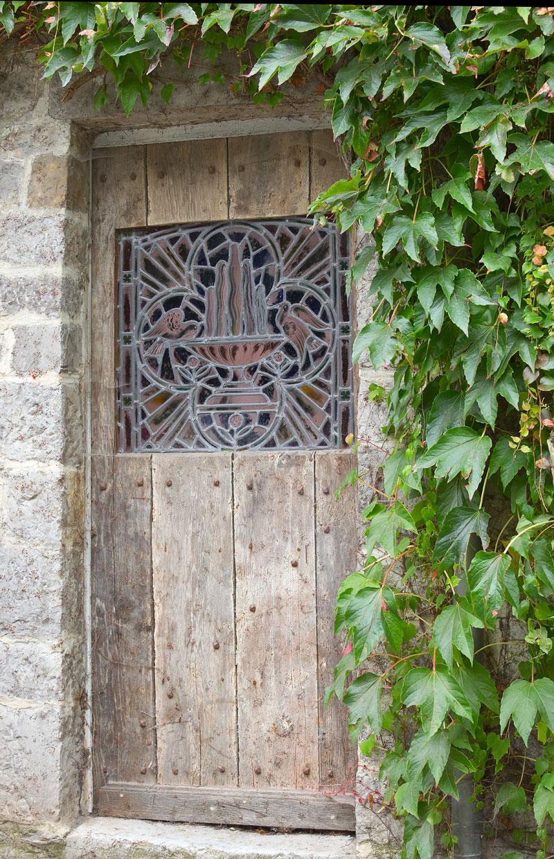 Alte Tür. Durbuy in Belgien. Edyta Guhl.