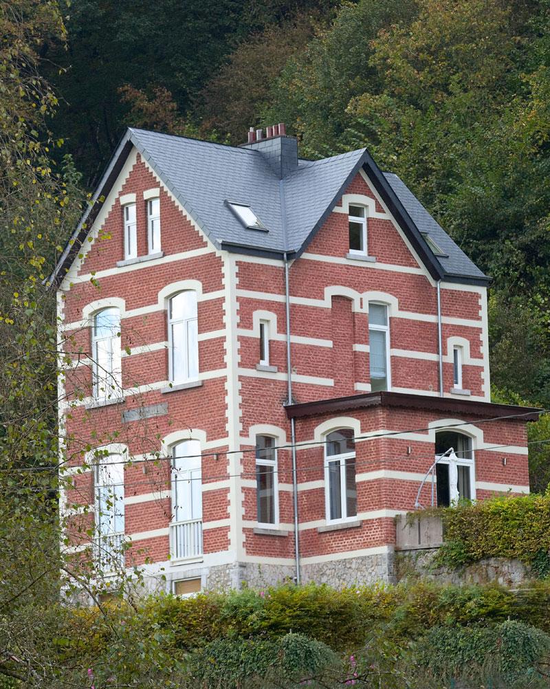architektur-in-durbuy-belgien
