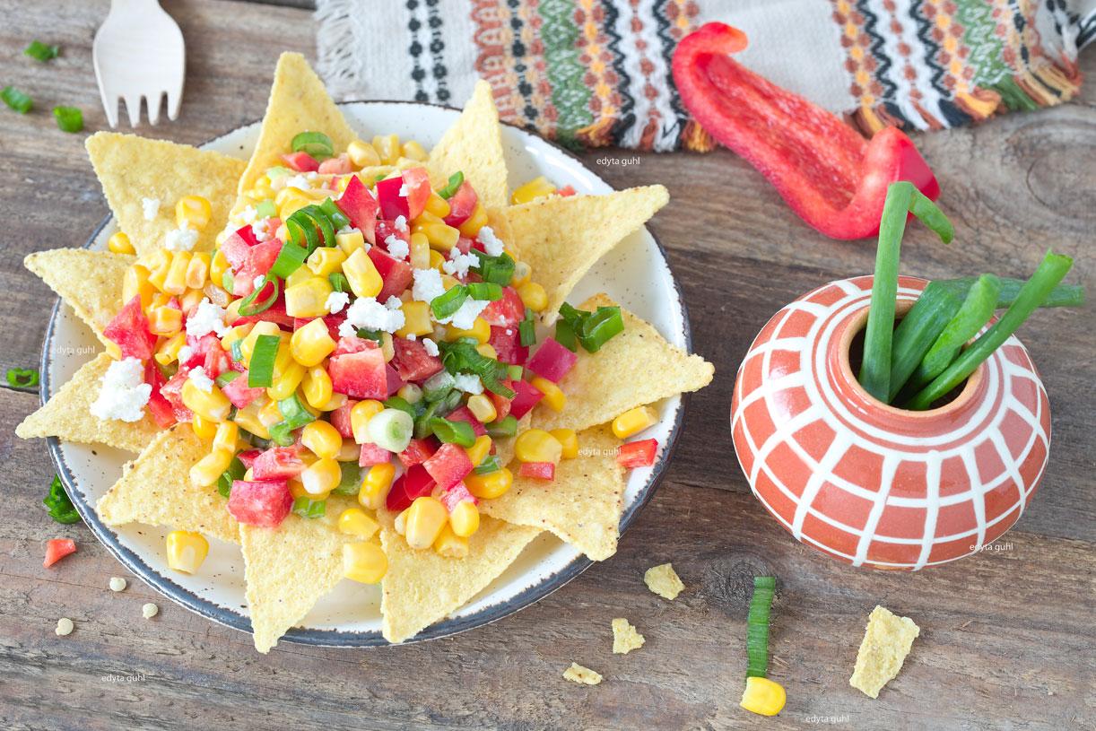 Mexikanische Rezepte. Salat mit Nachos. Edyta Guhl.