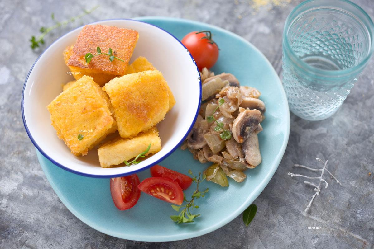 Mais-Grieß kochen. Rezepte mit Mais-Grieß. Polenta. Edyta Guhl.