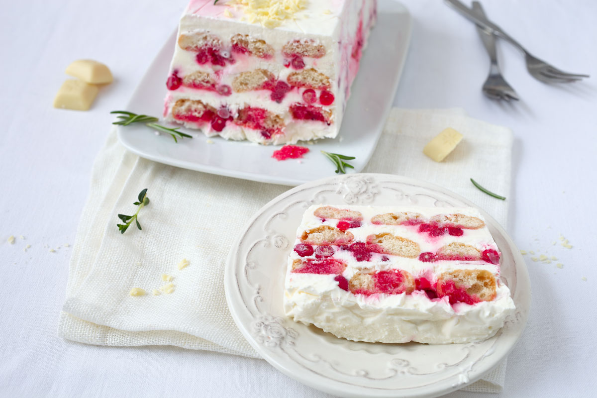 Dessert zu Valentinstag. Beeren- Semifreddo. Edyta Guhl.