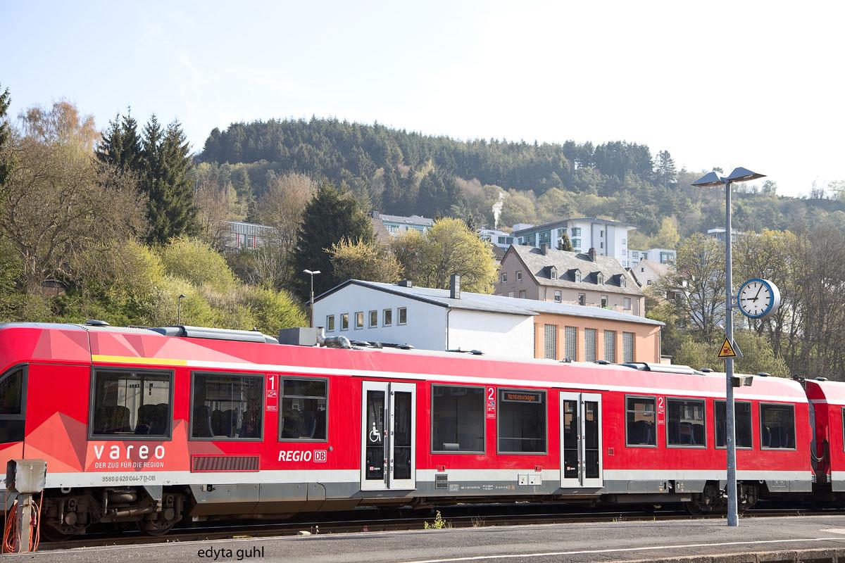 Zug in Gerolstein. Edyta Guhl.