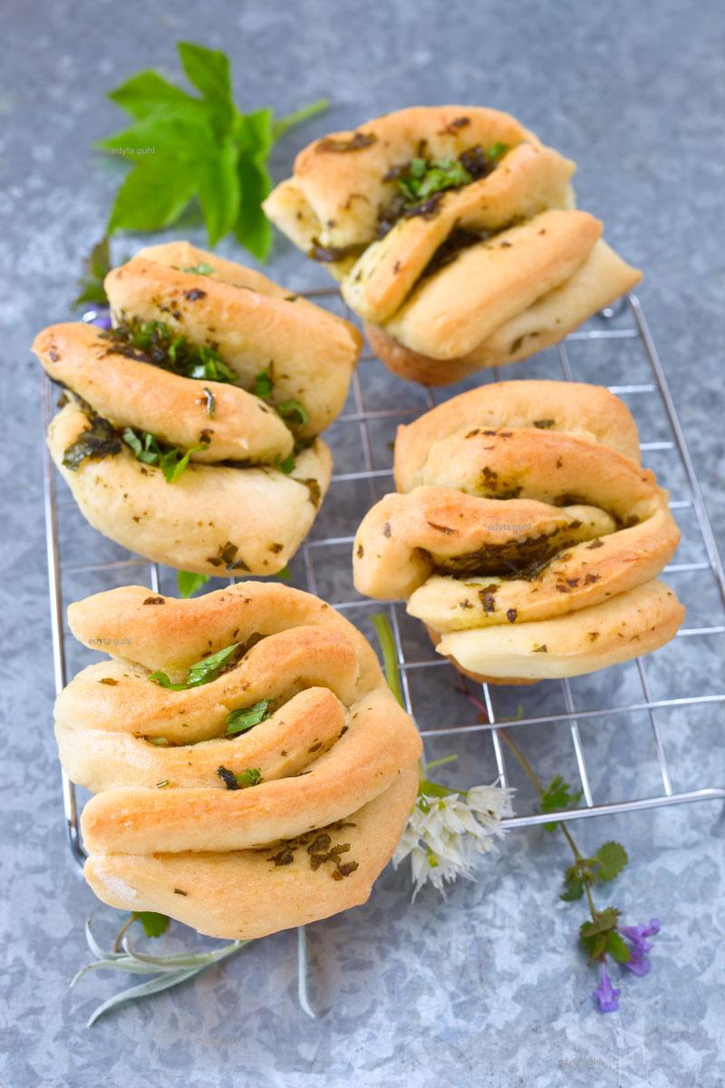 Hefe-Muffins-backen