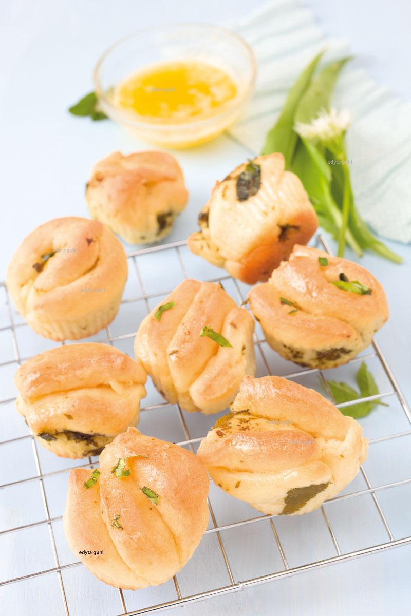 Kräuter-Muffins-backen