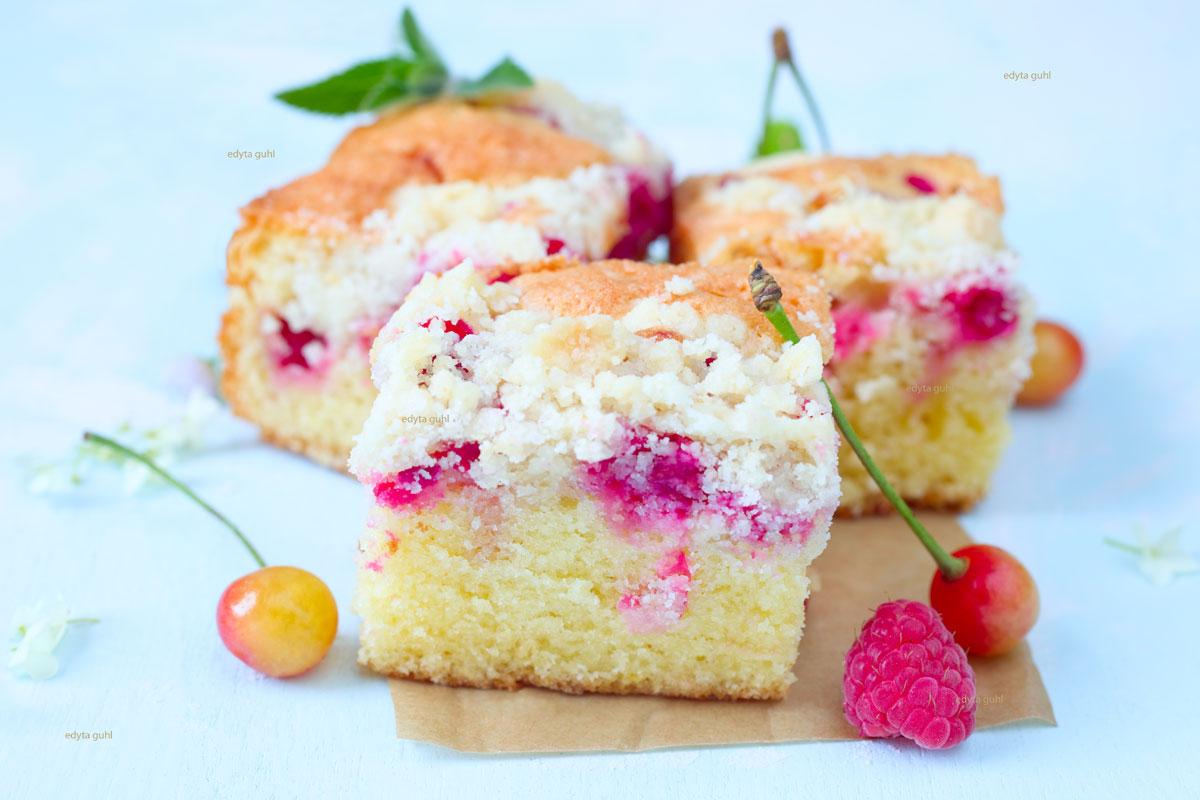 Der-beste-Beerenkuchen-mit-Streusel