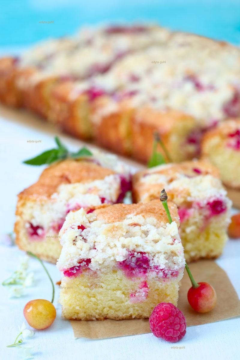 Rezept-für-einen-Streuselkuchen-mit-Beeren