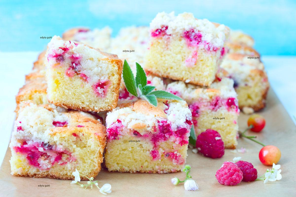Beeren-Kuchen-mit-Streuseln