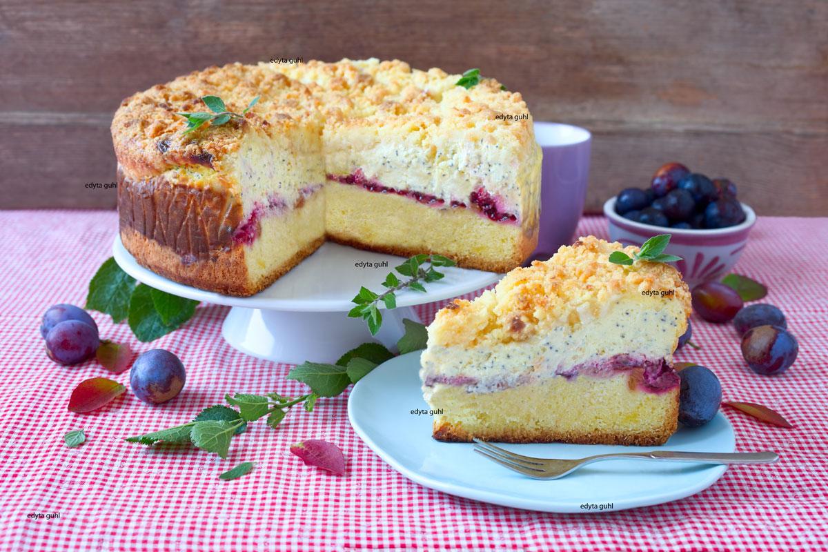 Streusel-Quarkkuchen-mit Mohn-und-Pflaumen