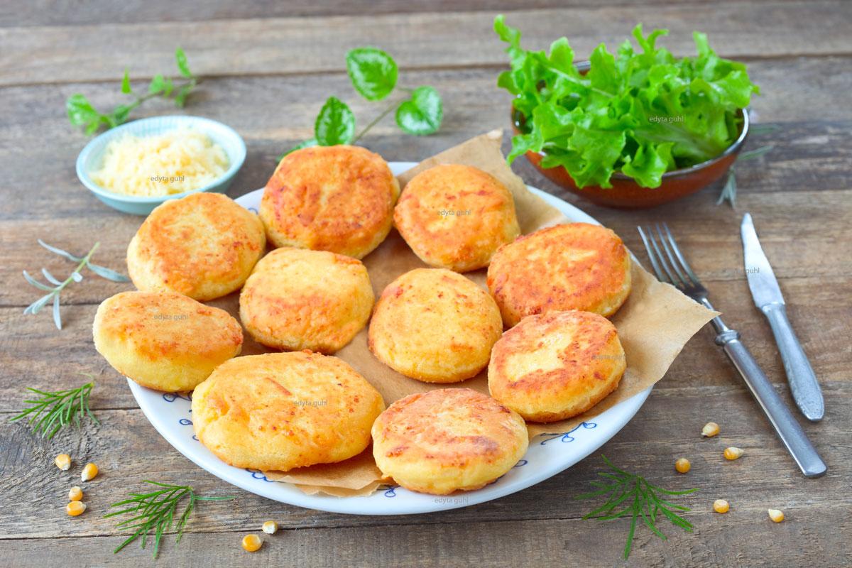 Köstliche-Arepas-mit-Käse