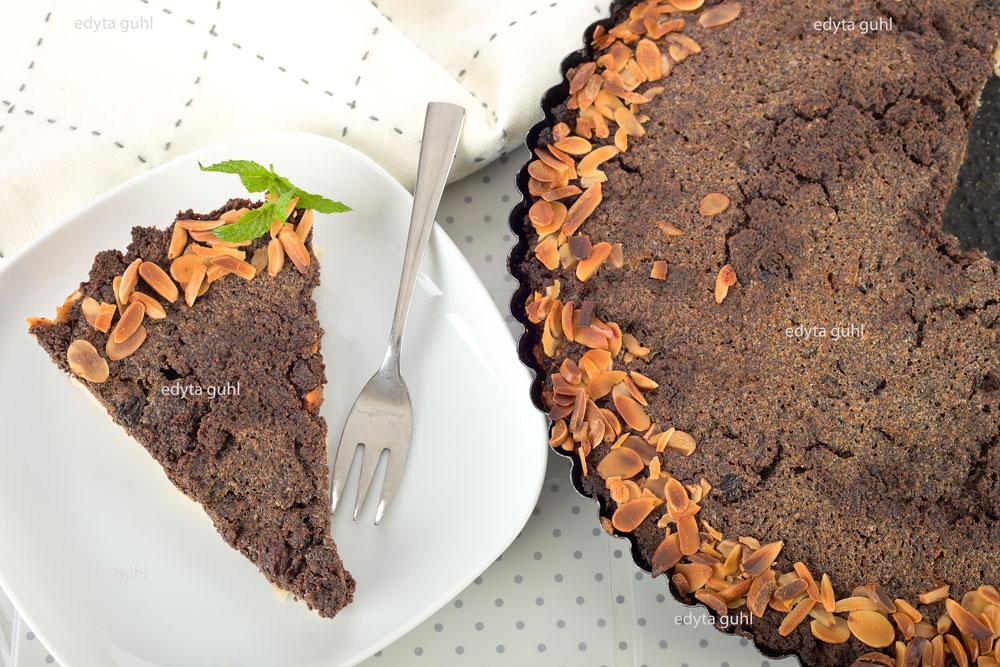 schlesischer-mohn-kuchen-mit-mandelblattchen