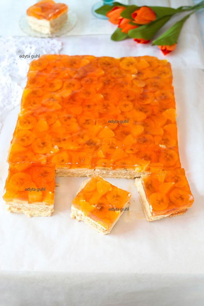 butterkeks-kuchen-mit-fruchten-und-orangen-gotterspeise