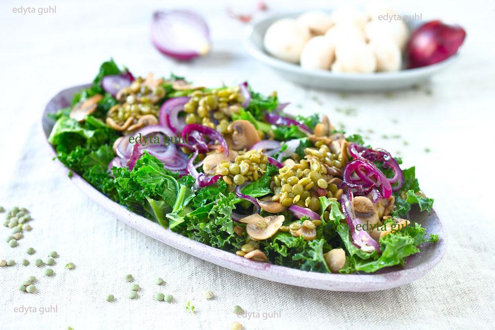 gruene-linsen-mit-champignons-und-gruenkohl