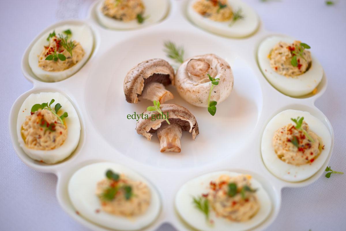 gefuellte-eier-mit-champignons