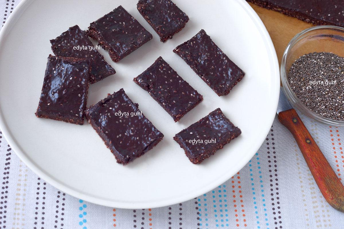 Vegane Schokolade. Edyta Guhl. Chia- Rezepte.