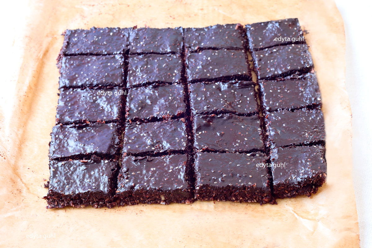 Chia- Samen Rezepte. Edyta Guhl. Vegane Schokolade.