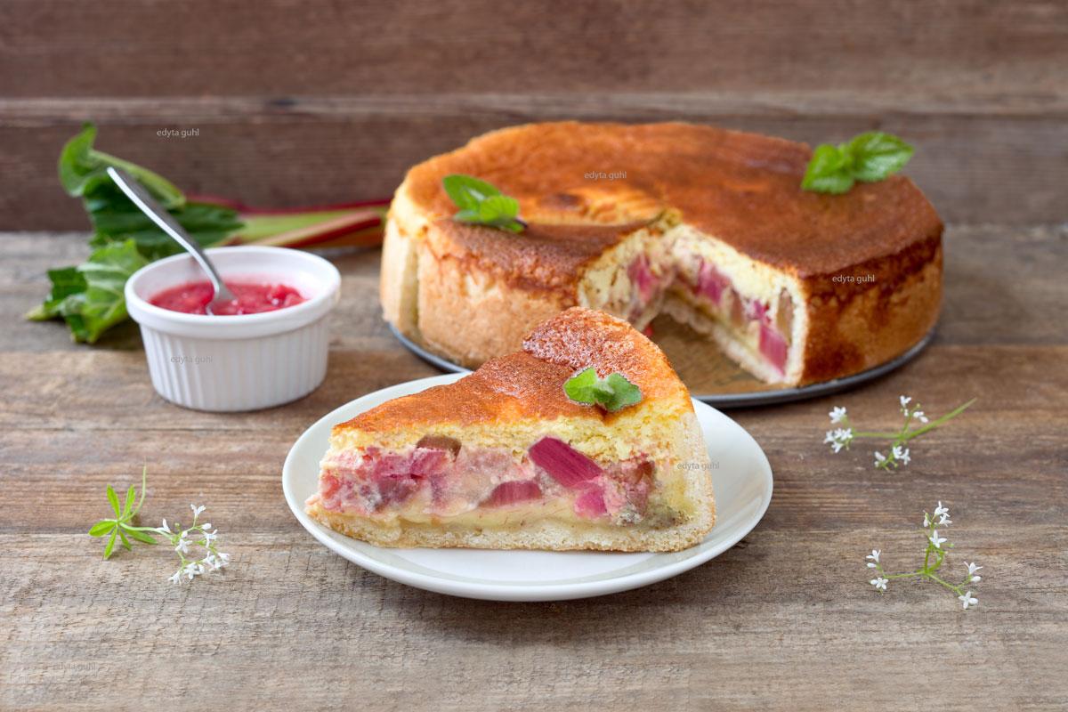 rahm-kuchen-mit-rhabarber