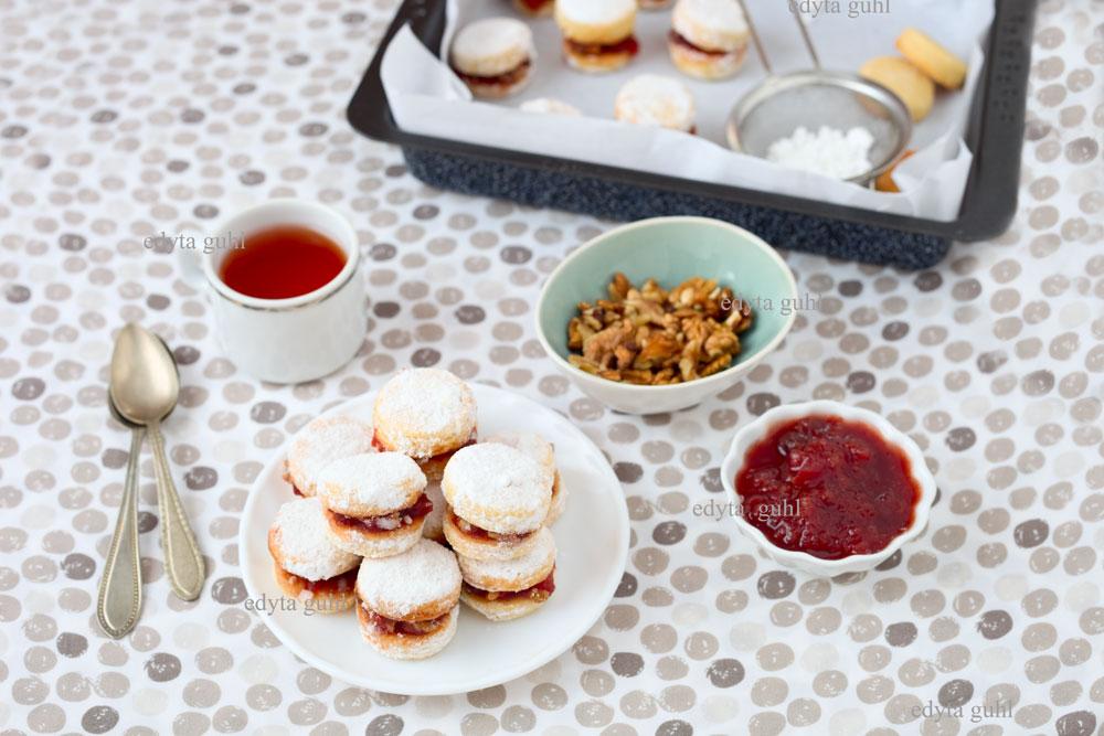 kekse-mit-marmelade-nuss-fullung-rezept